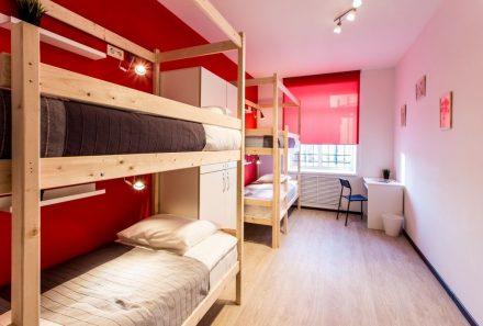 Закон о запрете хостелов в жилых домах вступил в силу