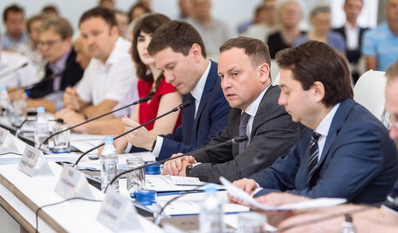 Остались в планах. Какие инициативы в ЖКХ действительно рассмотрели депутаты?